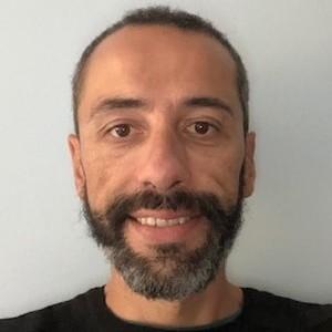 Go to the profile of José A Hinojosa