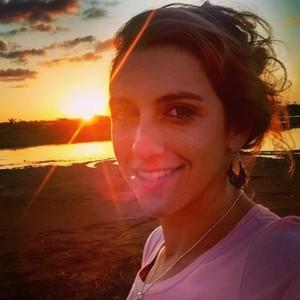 Go to the profile of Manuela Regina Borja