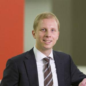 Go to the profile of Guntram Maschmeyer